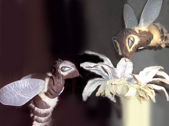 Marionnettes d'abeilles longues de 30 cm