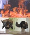 Masques réalisés en mousse dense et carton puis peints.
