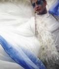 Création de 4 anges oiseaux sur échasses dans un métrage important de soie et de plumes.