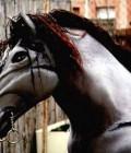 Réalisation de chevaux en plastazote et en mousse recouvert de tissu et patiné.