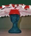 Chapeau réalisé en plastazote et vinil