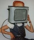 Réalisation d'objets électriques en plastazote à porter sur la tête.