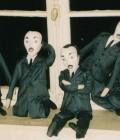 7 marionnettes réalisées avec du tissu, du sable...