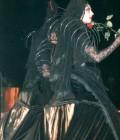 Création de 4 costumes pour échassiers, inspirés des pleureuses Espagnoles.