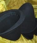 Réalisation de 4 chapeaux alourdis pour jongler formés sur forme.
